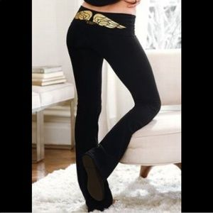 Angel wing yoga small boot cut athletic pants